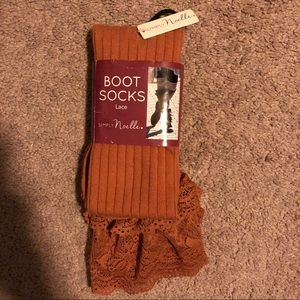 Simply Noelle - Brown Boot Socks